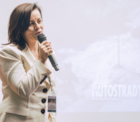 Katarzyna Węgrzyn-Madeja, dyrektor Zarządu Dróg Wojewódzkich w Krakowie