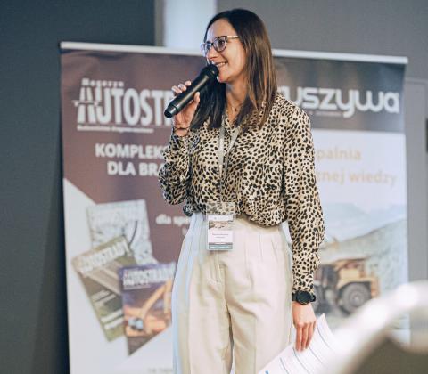 Marlena Machura, redaktor czasopisma KRUSZYWA